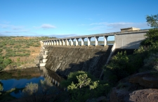The former Apartheid homeland of Bophuthatswana built the Taung dam, and it was completed shortly before the bantustans were dissolved prior to the 1994 democratic elections in South Africa. The Taung dam on the outskirts of Tanung is unused for any economic purpose, despite a need for irrigation in the arid and drought-prone north western parts of South Africa. Greg Marinovich / Storytaxi.